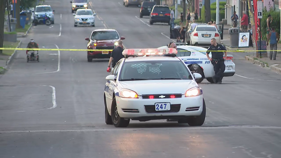 In fourth homicide in five days, man shot and killed on city's east side
