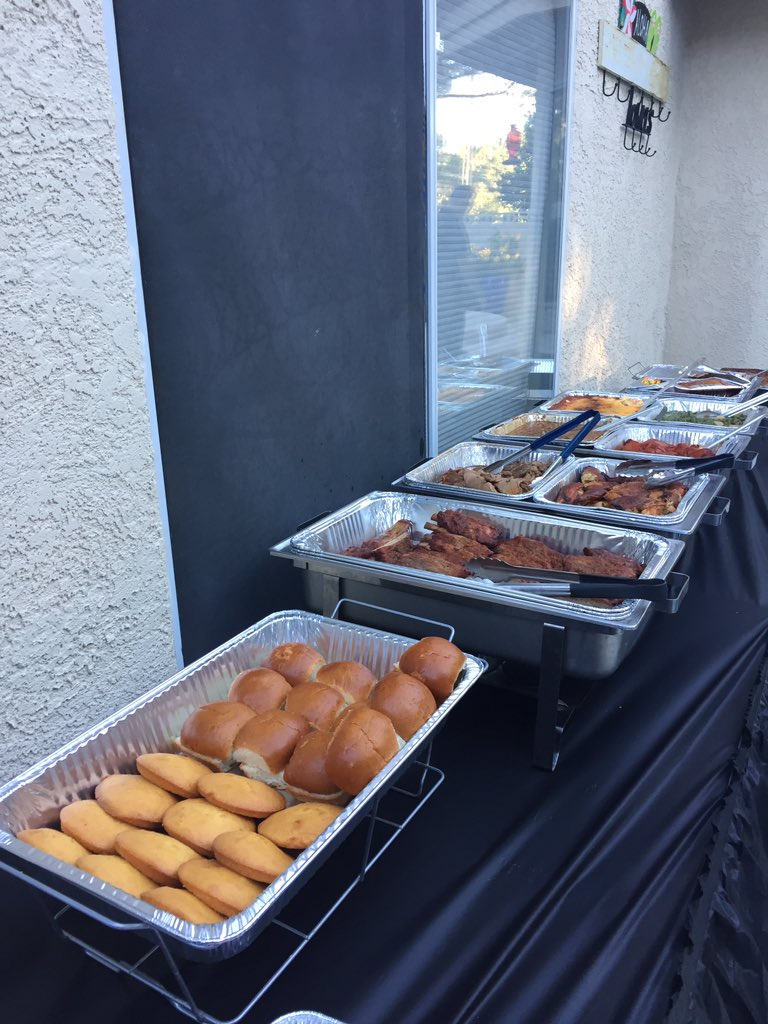Our sponsor John Mull's Road Kill Grill at Backyard Tailgate. 10/06/17 (Chloe Beardsley | KSNV){&amp;nbsp;}<p></p>