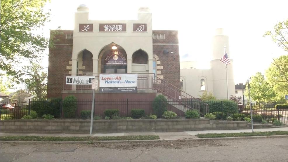 south dayton muslim Islamic society of greater columbus islamic society of greater dayton 26 josie street dayton, ohio 45403 p: islamic association 1800 south burnett road.