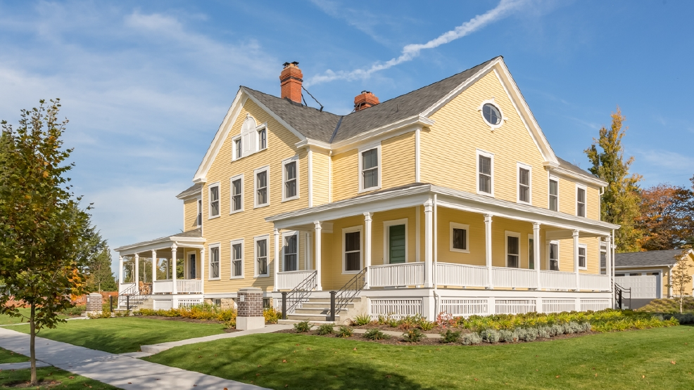 Behind The Scenes Renovated Historic Homes In Discovery Park