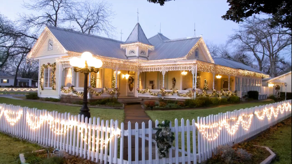 my hometown fredericksburg spend your holidays in the hill country