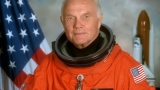John Glenn, iconic astronaut and Ohio Senator, dies at 95