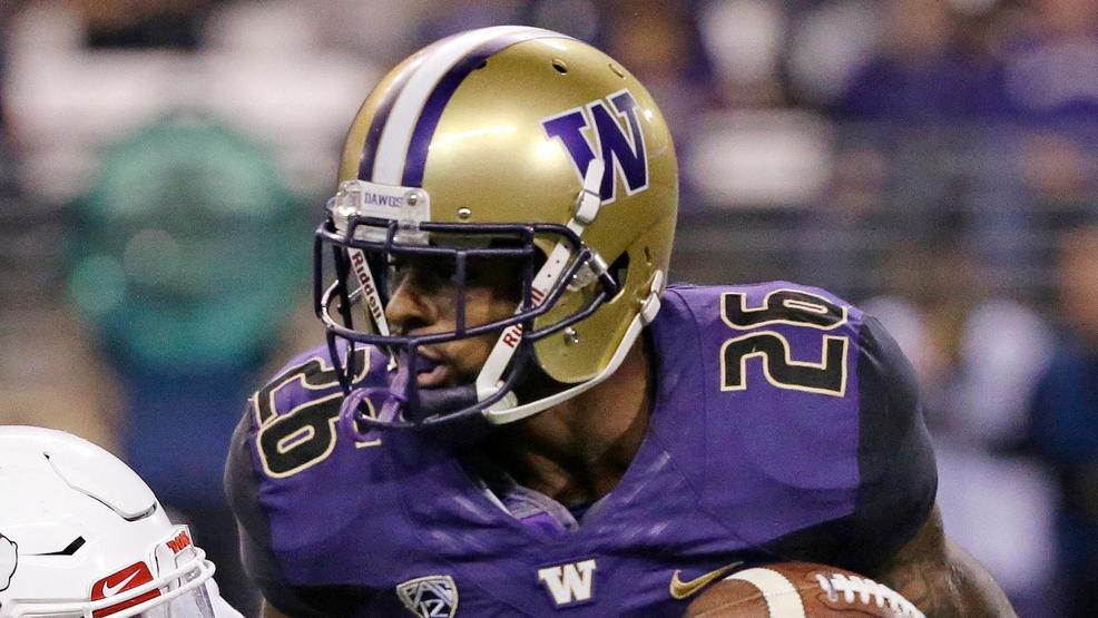 Washington holds off Stanford's late rally, wins 27-23
