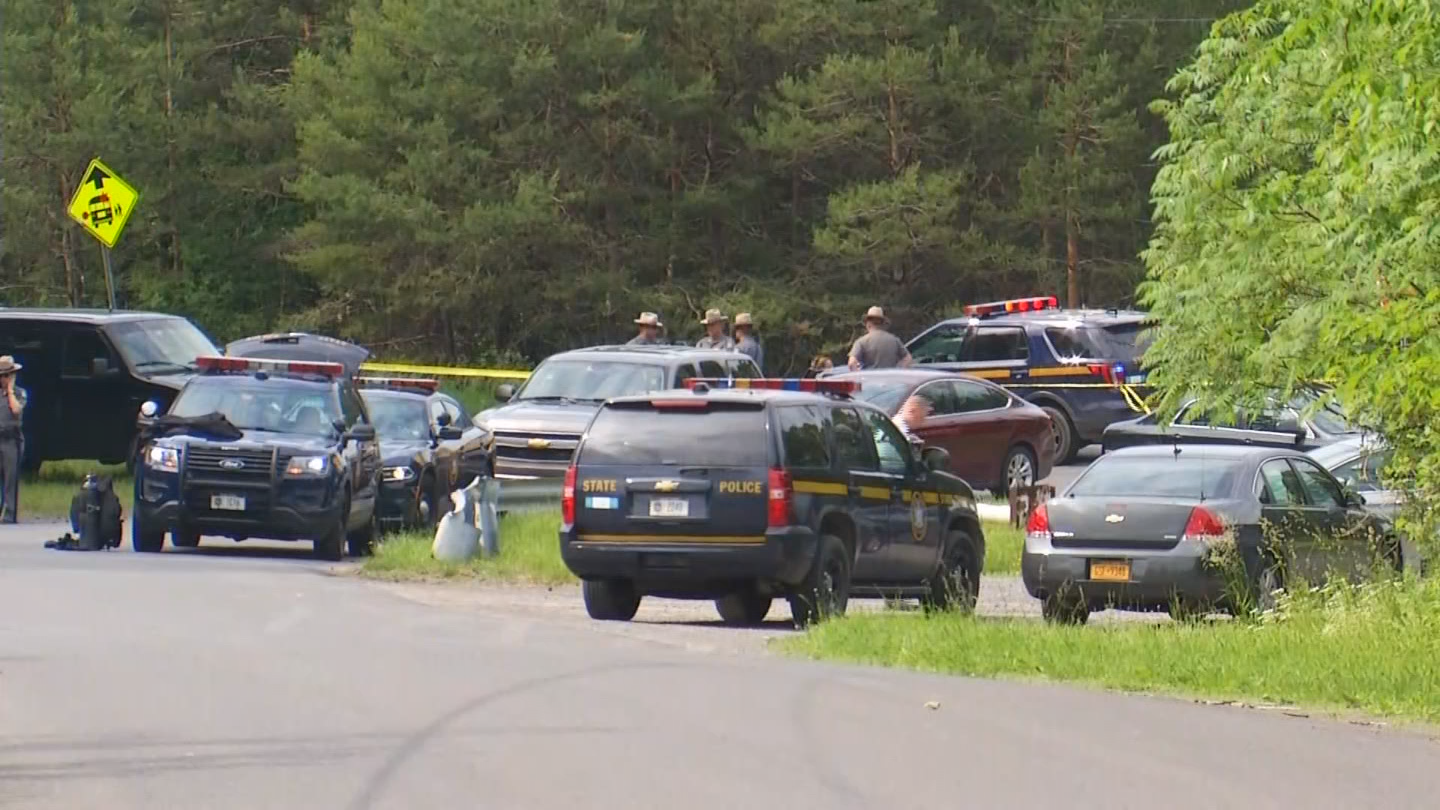 State Police confirm three bodies have been pulled from a vehicle that was found in the waters of a pond in Tully. (WSTM)