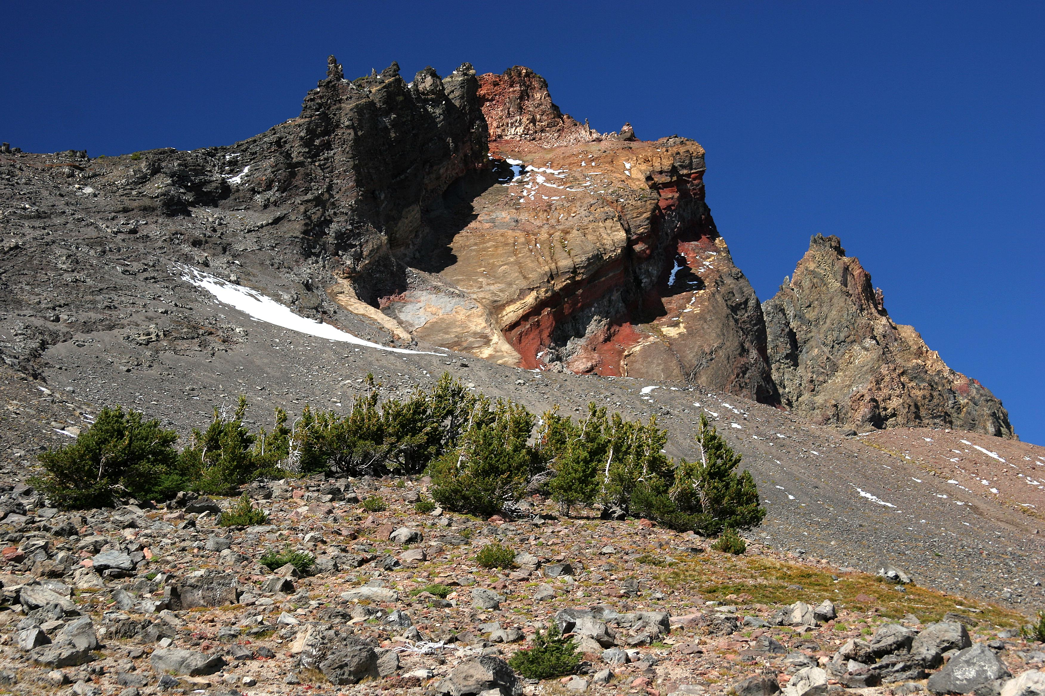Broken Top in Central Oregon (USDA Forest Service)