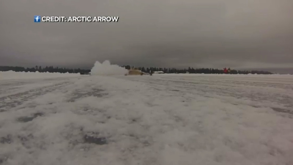 The Arctic Arrow races on ice.